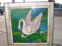 фото лебедь на стекло витража