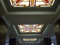 фото потолок витраж геометрия
