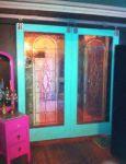 фото раздвижные межкомнатные двери с витражами