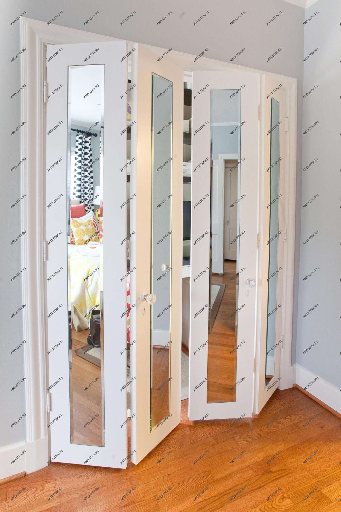 Двери раздвижные для гардеробной, характеристики разных моде.