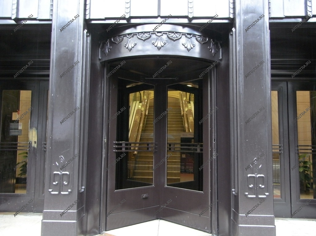 двери входные для банков
