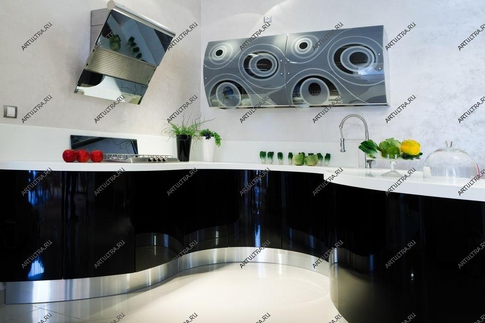 Пескоструйные узоры зеркала на кухне