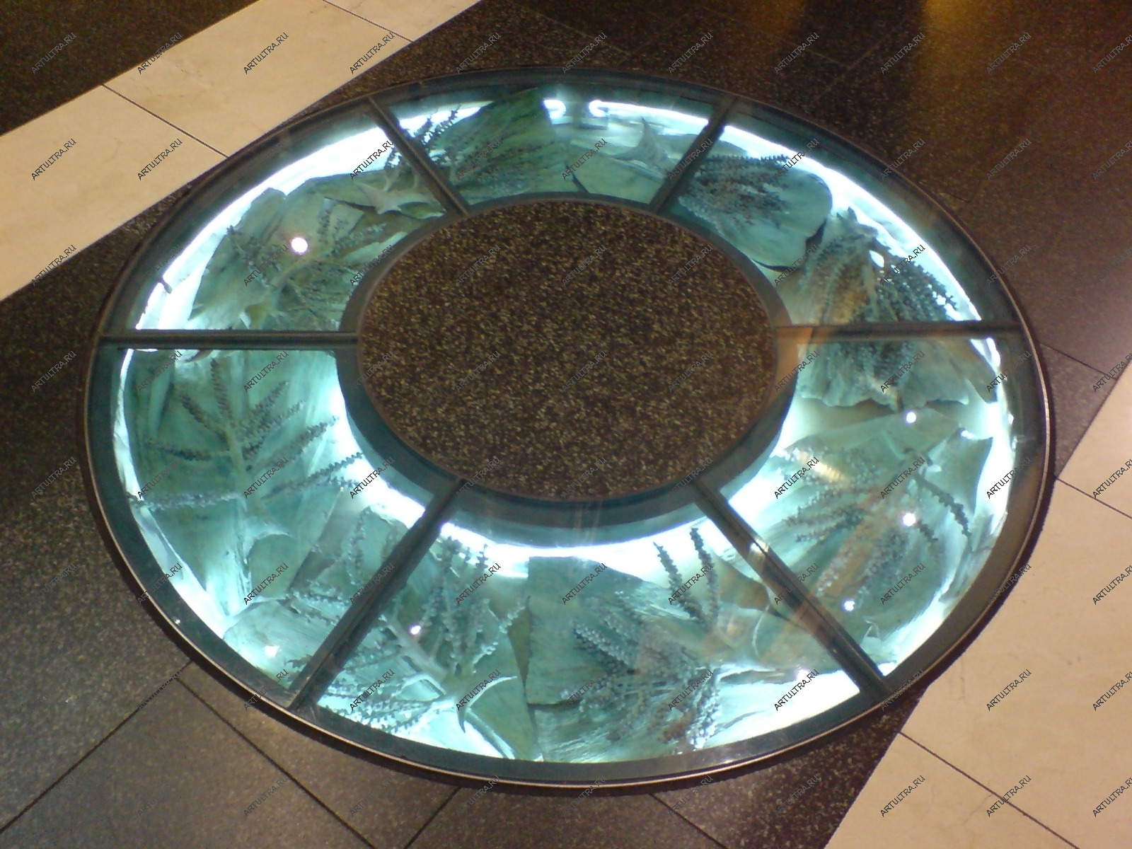 Стеклянный пол с подсветкой фото