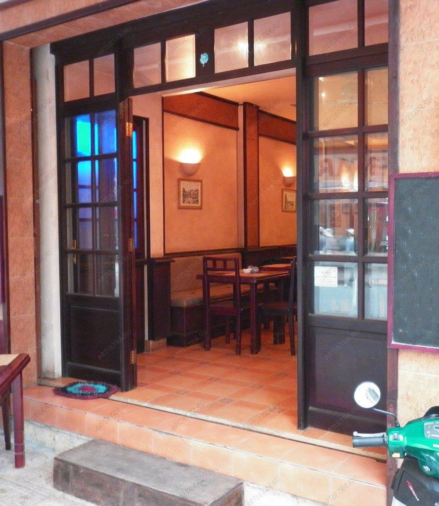 образцы входные двери ресторана