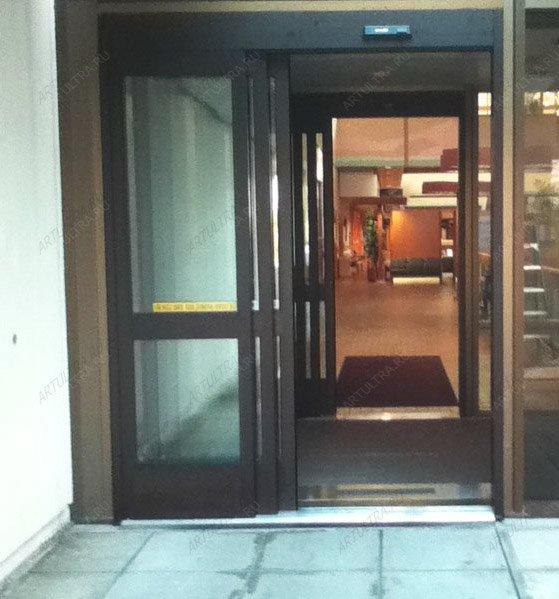 распашные входные двери для торговых центров