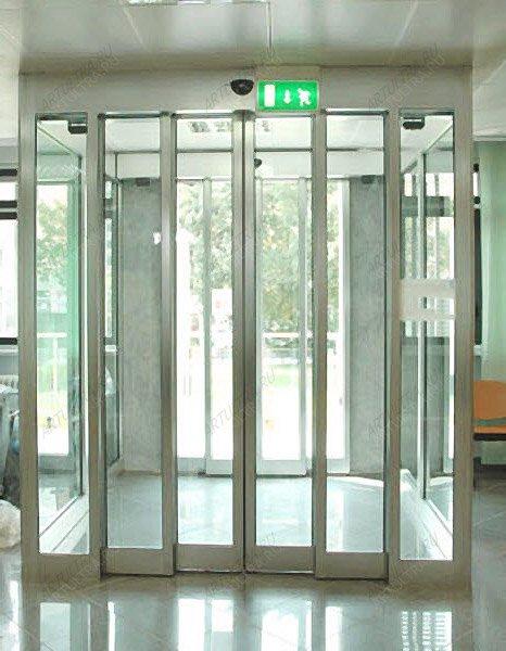 Телескопические раздвижные двери из