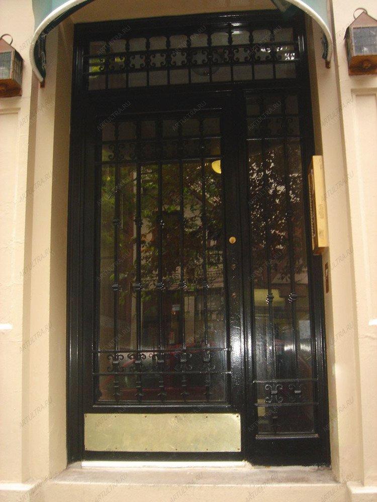 купить входную дверь со стеклом для ресторана москва